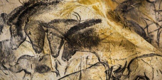 Les chevaux ... un des nombreux panneaux de la grotte Chauvet