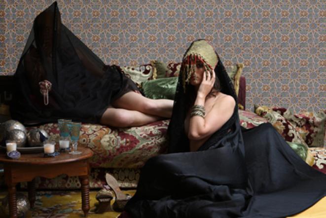 Majida Khattari, Maroc, Les Parisiennes 2, 2009 (photographie, 50x70 - Edition 2/3)