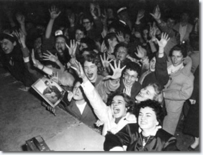 Fans d'Elvis Presley (Ottawa, 1957) © DR
