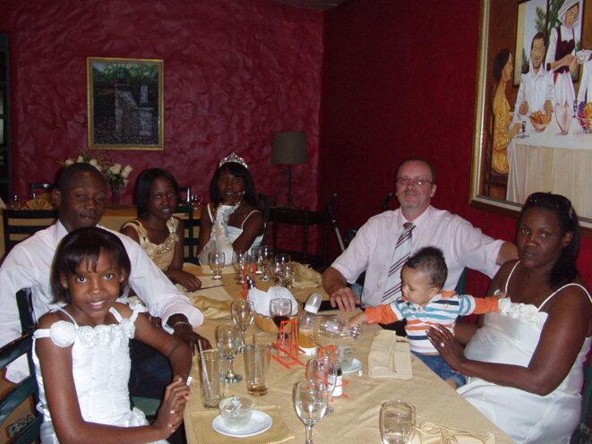 janvier 2010, la famille est réunie pour la dernière fois en république dominicaine