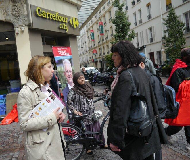Anne-Eugénie Faure sur le marché Barbusse