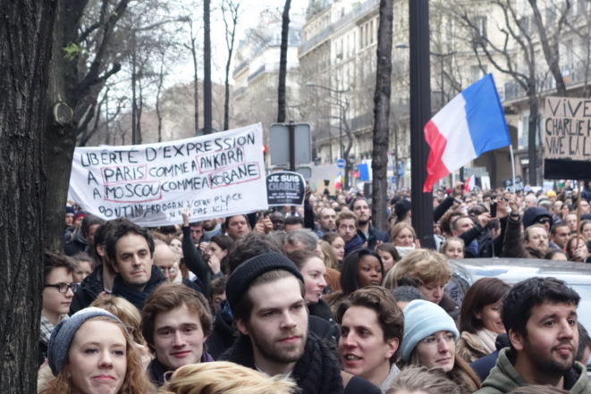 Lycéens dans la rue contre le terrorisme à Paris le 11 janvier © Rachida El Azzouzi
