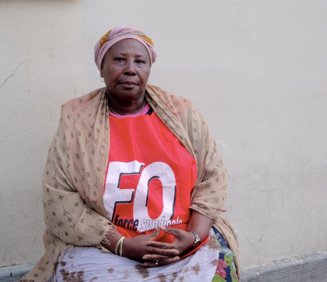Marie, 59 ans, dont 15 ans d'ancienneté, 3 enfants, un mari malade