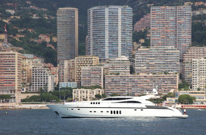 Un des yachts loués par la banque Pasche pour célébrer ses 125 ans à Monaco, en juin 2010 © DR