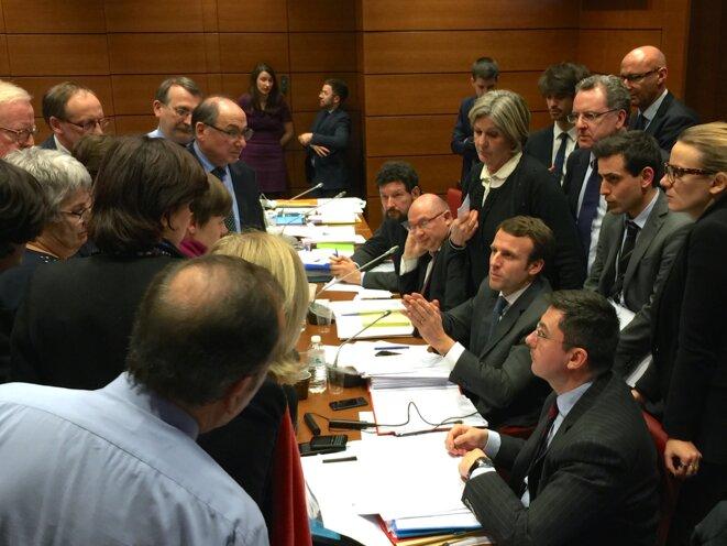 Phase de négociation en marge des travaux de la commission spéciale