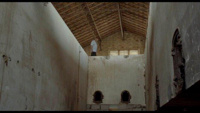 El Hadi dans la ferme des âmes errantes © Damien Ounouri / Kafard Films 2012