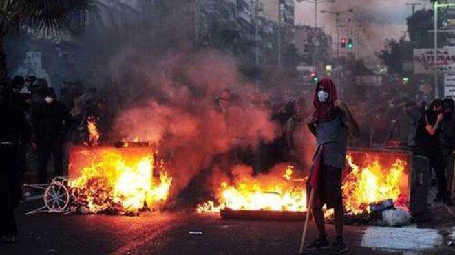 Révolution en cours en Grèce et en Turquie... l'oligarchie flippe... © Incontroladxs Grèce
