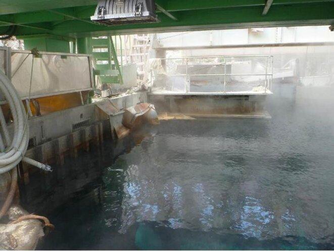 L 39 eau de la piscine de combustibles du r acteur n 4 de la for Piscine nucleaire