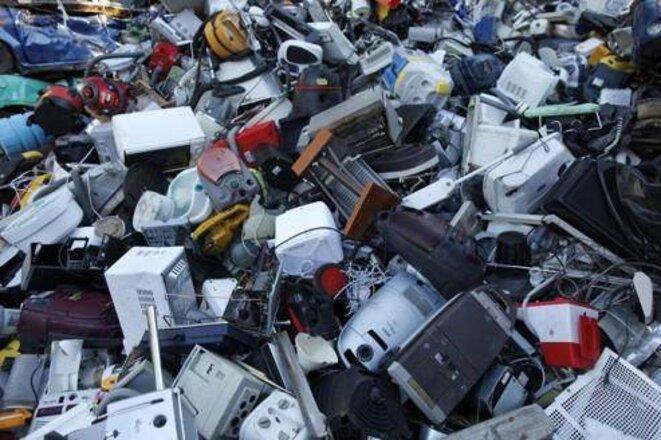 L'obsolescence programmée, un crime institutionnalisé environnemental et humain