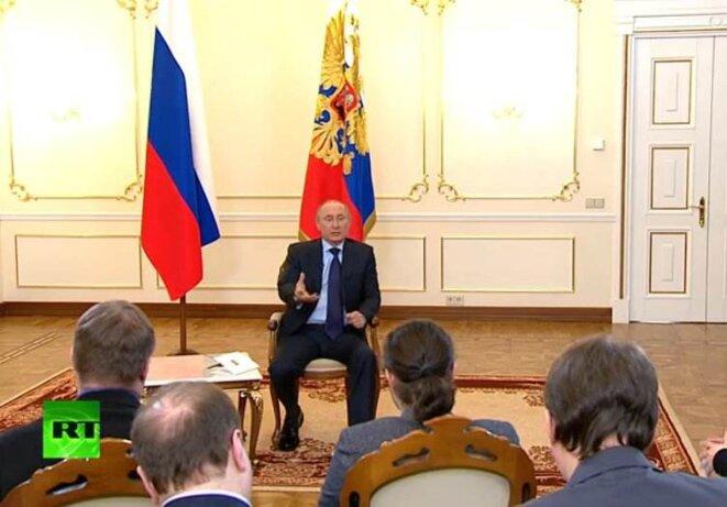 """Vladimir Poutine, mardi 4 mars: """"L'envoi de troupes, ce n'est pas nécessaire pour le moment. Mais cette possibilité existe."""" © (dr)"""