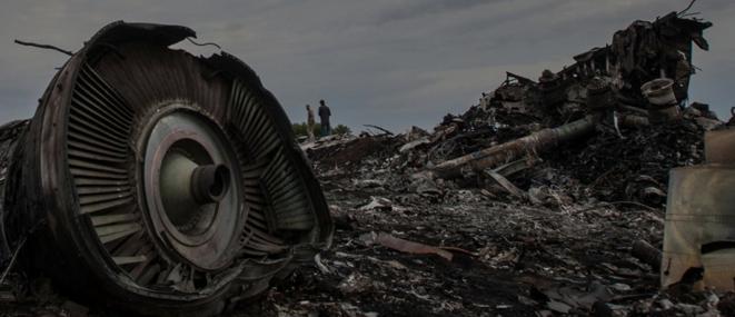 Les débris du vol MH17 le 17 juillet 2014. © CORRECT!V