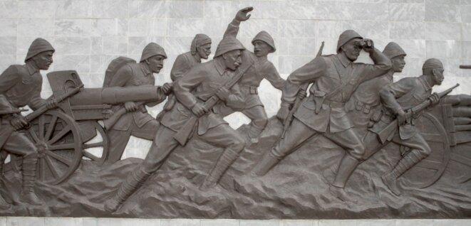 A Gallipoli, un bas-relief de la bataille des Dardanelles. © Laurent Geslin