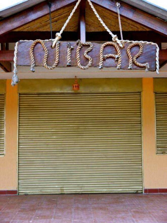 """La bar """"Nibar"""" en Colombie."""