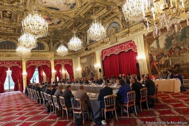 L'Etat comptable: réunion le 2 juillet avec les préfets de région et les directeurs d'administration centrale à l'Elysée. © (Elysée)