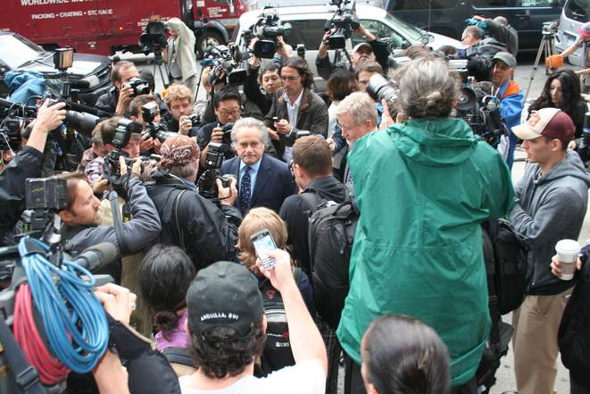 Benjamin Brafman, avocat de DSK, dimanche soir à New York. © Iris Derœux