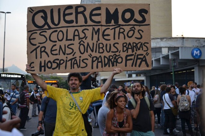 «Nous voulons des écoles, des métros, des trains, des bus, des bateaux et des hôpitaux au niveau d'exigence Fifa»