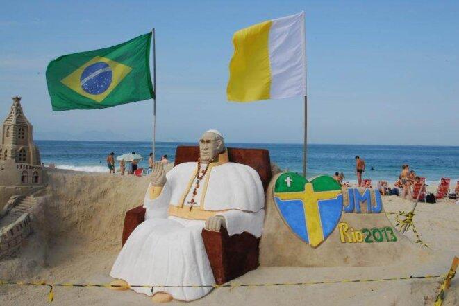 Sur les plages de Copacabana.