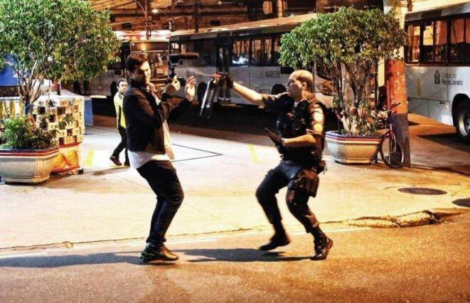 Un journaliste attaqué par une patrouille militaire lors d'une manifestation fin mai.