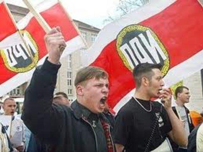Manifestation de membres du parti NPD.