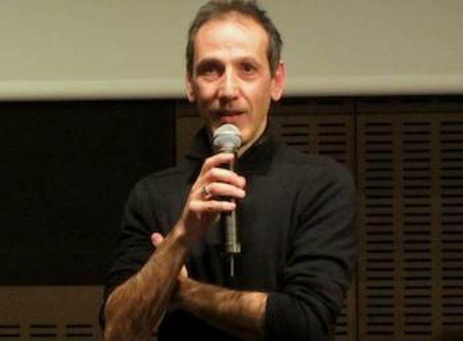 Angelo Caperna présente son film lors d'une projection à la SCAM © pol
