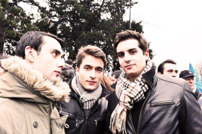 Edouard Klein (à gauche) avec Paul-Alexandre Martin (à droite), le n°2 du FNJ, lors de la manifestation du 13 janvier 2013. © Reflexes