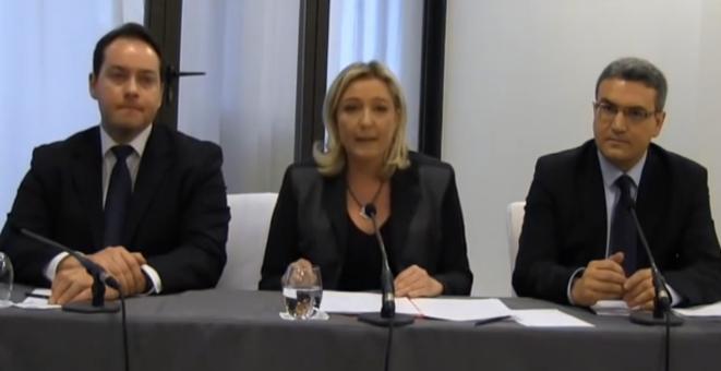 Ludovic de Danne, Marine Le Pen et Aymeric Chauprade lors de la conférence de presse internationale du FN, le 22 janvier.