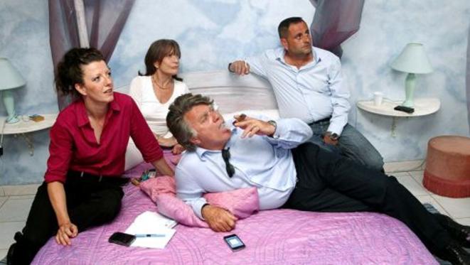 Au premier plan, Holly Harvey-Truchet et Gilbert Collard attendant les résultats du 2e tour des législatives, le 17 juin 2012.