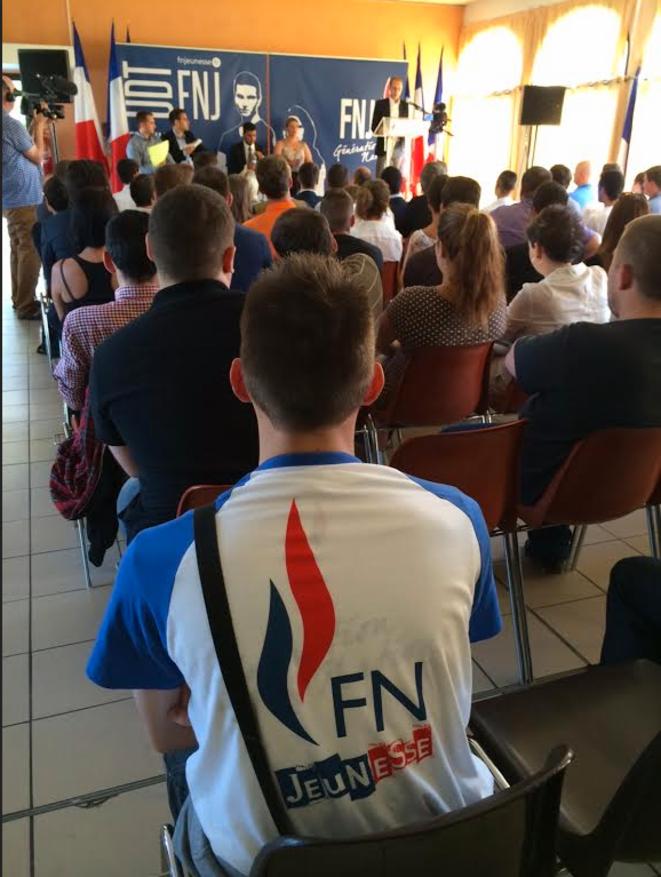 Lors de l'université d'été du FNJ, à Fréjus, le 6 septembre. © Mediapart