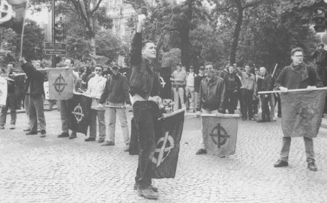 Frédéric Chatillon lorsqu'il était chef du GUD, à partir de 1991. © Les Rats Maudits