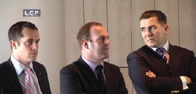 F. Chatillon avec Steeve Briois (secrétaire général du FN) et Nicolas Bay (secrétaire général adjoint du FN), en novembre 2011. © Capture d'écran LCP.