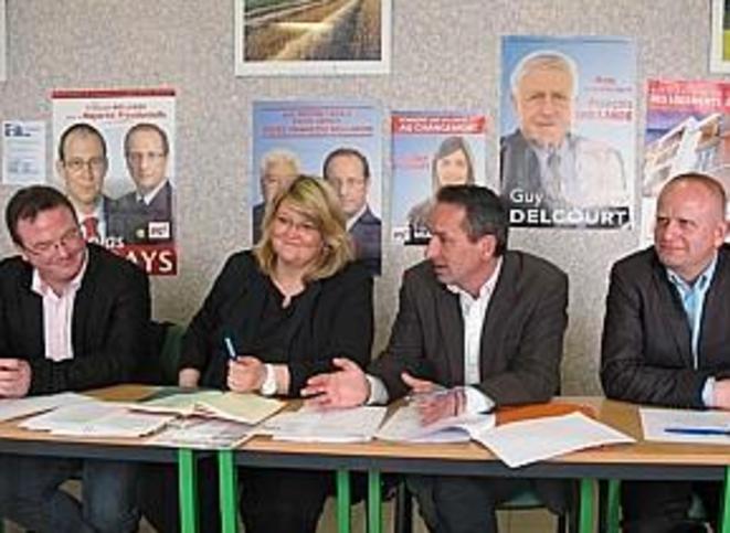 Cédric Dupond (à gauche) avec les trois autres membres de la collégiale qui dirige la fédération du PS du Pas-de-Calais.