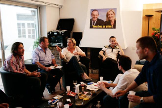 M. Le Pen et son équipe héninoise en 2009.