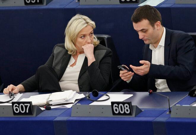 Marine Le Pen et Florian Philippot au parlement européen, le 11 mars. © Reuters