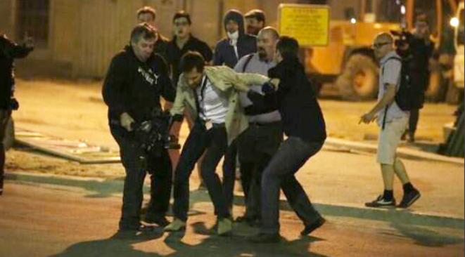 L'un des deux journalistes de LCP agressés par des manifestants.