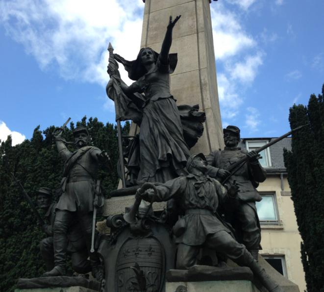 Monument à la mémoire des enfants de la Haute-Vienne morts pour la défense de la patrie en 1870-1871.