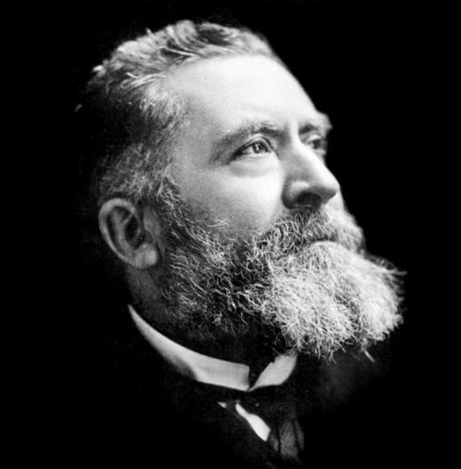 Jean Jaurès, né en 1859, a 55 ans en 1914