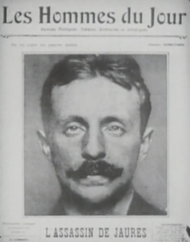 Raoul Villain, 33 ans, se présente moustachu à son procès, en 1919.