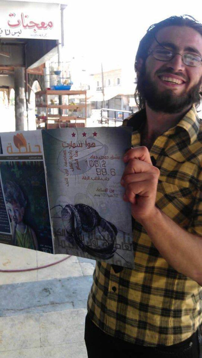Publicité pour la radio dans des médias partenaires imprimés et distribués à l'intérieur de la Syrie