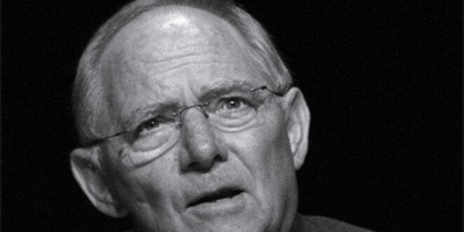 Wolfgang Schäuble devient un danger pour l'Europe.