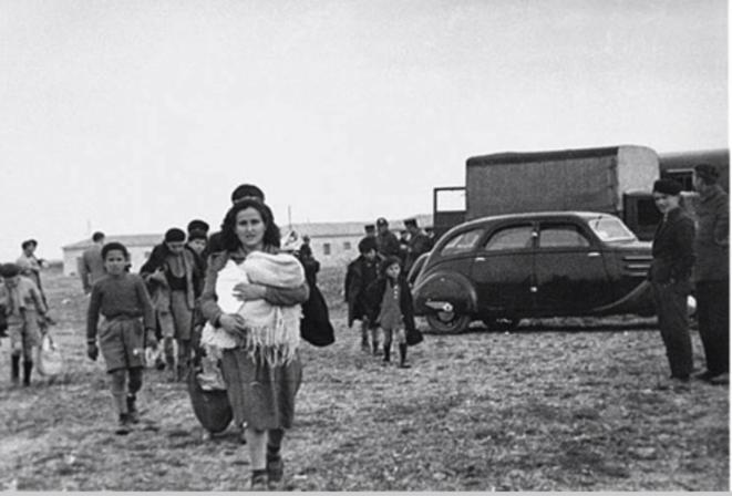 Arrivée de réfugiés espagnols fuyant Franco © Mémorial du camp de Rivesaltes