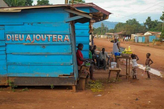 Une boutique à Bangui © Thomas Cantaloube