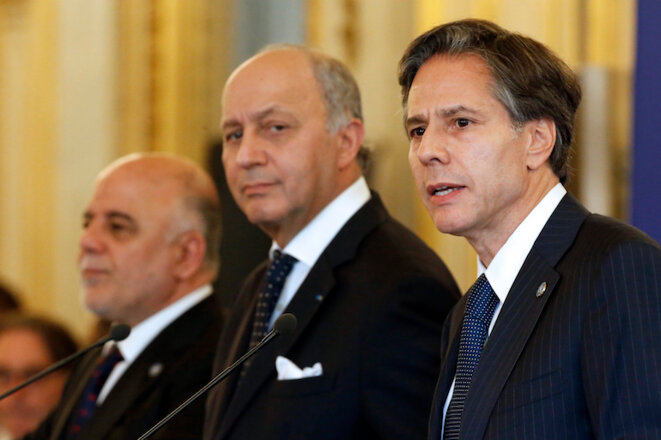 Haider al-Habadi, Laurent Fabius et Anthony Blinken le 2 juin 2015 à Paris © Reuters