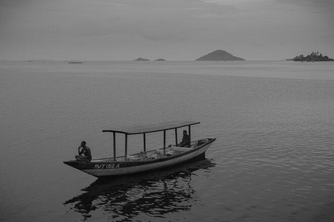 Le lac Kivu, avec la République démocratique du Congo sur l'autre rive © Thomas Cantaloube