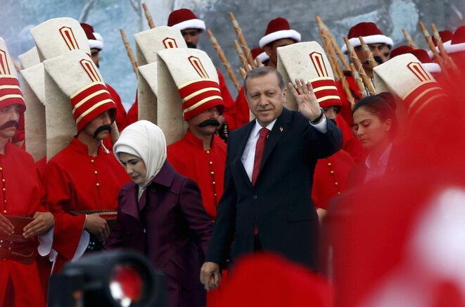 Erdogan en campagne avec sa femme lors du 562e anniveraire de la conquête d'Istanbul par les Ottomans © Murad Sezer/Reuters