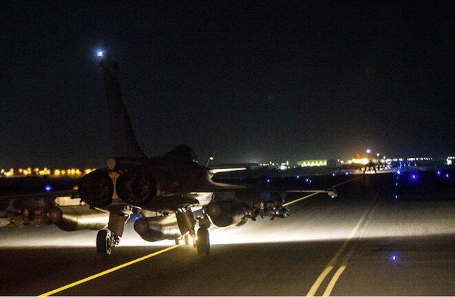 Avions français prêts à décoller pour bombarder Daech en Syrie le 15 novembre 2015 © Armée de l'air