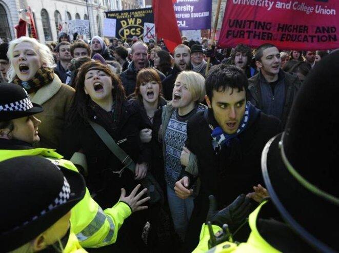 Manifestation étudiante le 30 novembre à Londres. © Nigel Roddis/Reuters