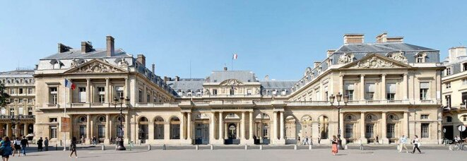 Façade du Conseil d'État, au Palais Royal