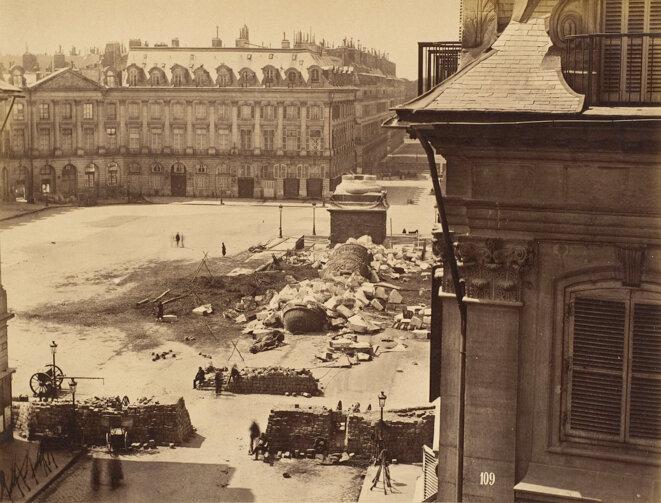 Chute de la colonne Vendôme (photographie de Franck).