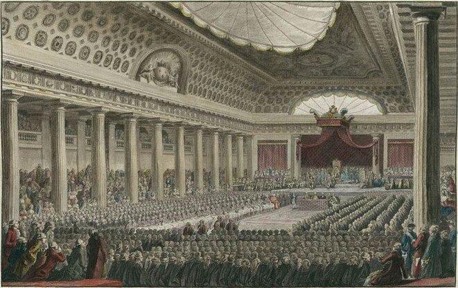 Les États-généraux se réunissent le 5 mai 1789 à Versailles, dans la salle de l'hôtel des Menus-Plaisirs.