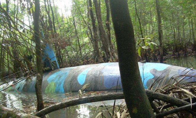 Narco sous-marin intercepté en Équateur, 2010.